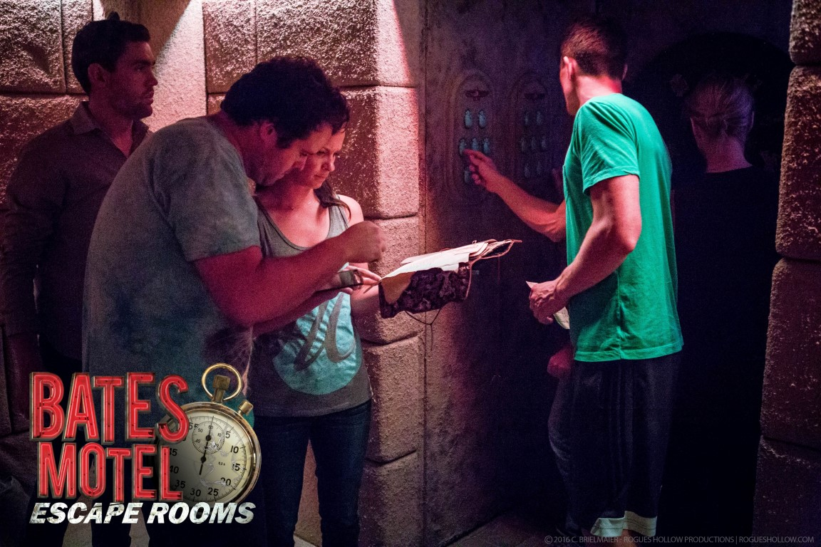 Tomb Players3